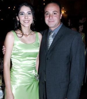 Nidia Chapa y Armando Aguilar