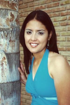 <b>27 de mayo </b><p> Marcela Ayala Alanís, en la despedida de soltera  que le ofrecieron por su próximo matrimonio con Armando Mercado.