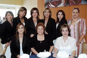 Patricia Ramírez, Marina del Toral, Rosy de Gutiérrez, Maribel de Lozano, Bebe de Gutiérrez y Reyna de Alexandra entre otros.