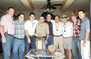 José Haro, Beto Llama, Alfonso Perales, Lalo Herrera, José Llama, Rogelio Ramírez, Javier Aguilera, Damián Aguilera y Gerardo Gómez
