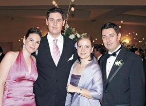 Briscia Sada, Fernando Serrano, Cristina de Dovalina y Luis Dovalina