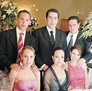 Guillermo Garza, Bárbara Berlanga, Alejandro Ramos, Priscila Hernández, Memo Humphrey y Ana Lucia Fernández