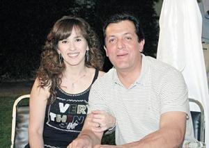 Maricelia Gamboa de Aguirre y Omar Aguirre