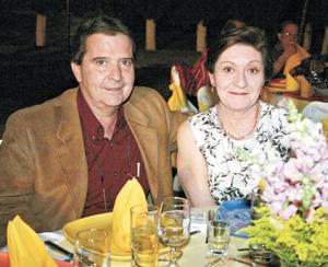 Homero del Bosque y Leonor Cravioto de Del Bosque