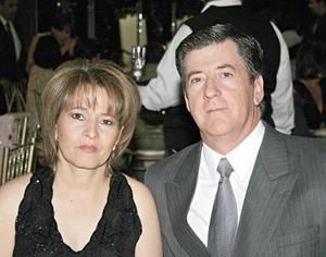 María Eugenia de Madero y César Madero Gómez