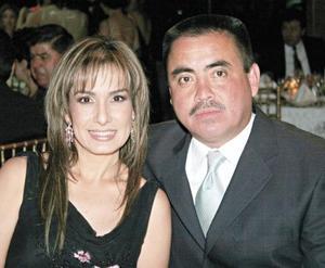 Ana Cristina Grageda y Miguel Wong