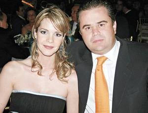 Alejandra Martínez de López y Alberto López Villegas