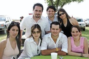 Patricio Zermeño, Luis Maeda y Lilia Mónica Maeda, Julia Peña, Brenda Dávila, Gabriel Zermeño y Barby Willy