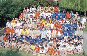 Grupo General que asistió a celebrar los 100 años de la Sr. Montaña.