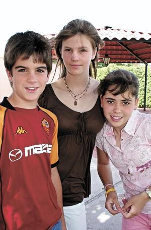 Berny, Mariana y Silvy Sesma