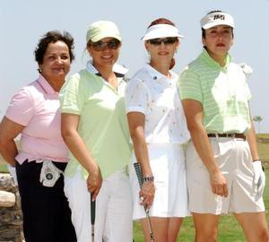<b>28 de mayo </b><p> Tere de López, Liz de Maldonado, Gloria Belinda de Martínez y Raquel de Gutiérrez.