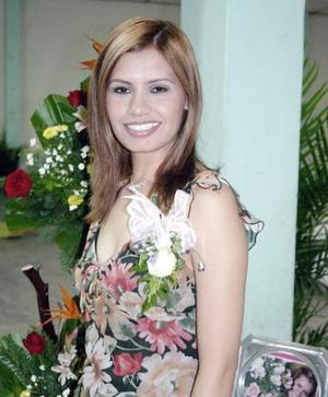 Luz Estela Vázquez Alfaro, captada en su despedida de soltera.
