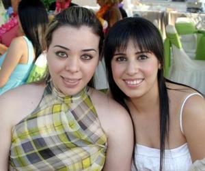 Diana Gurrola y Roxana Camacho.