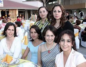 Marisol Camacho, Valeria Silva, Anabel Urbina , Rocío Calero, Susy Vázquez y Zehenia Ramírez .