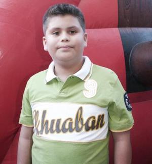 <b>28 de mayo </b><p> Luis Alejandro Báez festejó su cumpleaños.