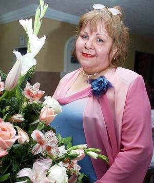 Carmen Sámago Alvarado festejó su cumpleaños recientemente.