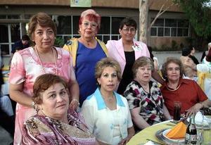 Esperanza de la Rosa, Ofelia Mijares, Margarita Martín, Aurora Gilio, Carolina Prieto, Yolanda Medrano y Lidia Cuéllar .
