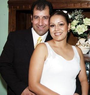 Mónica Liliana Flores y Flavio Enrique Vargas, en pasado acontecimiento.