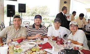 Armando Carlos, Rodolfo Garza, Julio Sandoval y Jorge Torres.