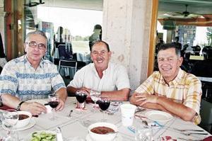 Federico Obeso, Arturo Giacomán y Ramiro Cantú.