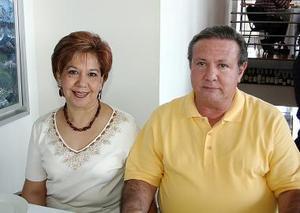Lucía H. de Ortega y Francisco Ortega