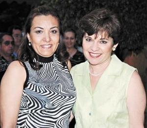 Olga de Darwich y Rosalinda Ayup.