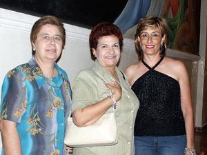 Ludivina Galván Uriarte, Tere Cázarez y Lorena Aizpuru.