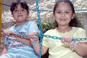 Mariana Gallegos Herrera y Fátima Rodríguez López.