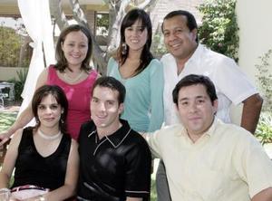 Lucrecia Santibañez, Bertha Aguilera, Jesús Navarro, Laurencia González, Alberto Herrera y Jesús Pérez, en el bautizo de Tomás Rodríguez Santibañez.