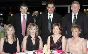René Cantú, Ana Gilio, Gerardo,  Bustos, Magaly Gilio, Joaquín Hamdan, Mónica Hamdan y Vicky Tolentino