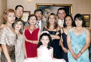 Integrantes de las familias Escalera Orozco y Mitre Lamas, en pasado convivio social.