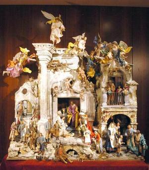 Belén Napolitano del Siglo XVIII, compuesto de cincuenta y dos piezas de distintos tamaños.