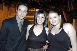Francisco, Marcela y Carolina.