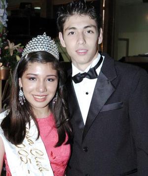 <b>01 de junio 2005</b><p> El título de princesa se lo llevó Daniela Contreras Díaz, que fue acompañada por Guillermo Dávila.