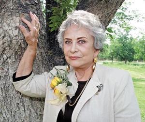 <b>01 junio </b><p> Sra. Delia González Hernández celebró su cumpleaños con un agradable convivio que le organizaron.