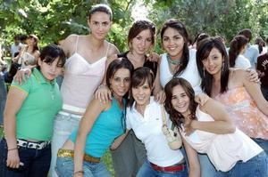 <b>01 junio</b><p> Sofía, Aranza, Marce, Elia, Yolis, Ale, Vicky y Maité.