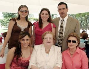 Bárbara K. de Gurza, Luis Gurza, Ana Carla Tumoine, Sofía B. de Kientzle, Marisa Urquijo y Linda Jaidar