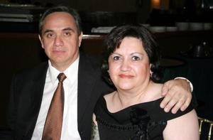 <b>03 junio </b><p> Salvador y Julieta Sánchez Guerra.