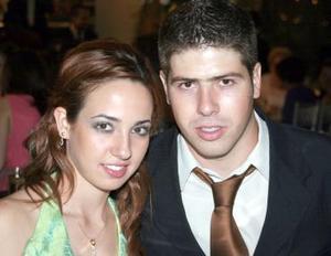 Lily Villa y Arturo Schmall, en una fiesta.