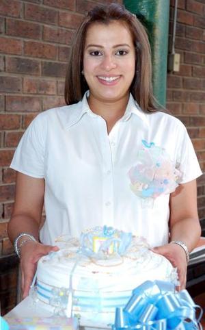Con motivo del próximo nacimiento de su bebé, Elisama Rodríguez Nieto recibió múltiples felicitaciones, en la reunión de canastilla que le organizó un grupo de amigas.