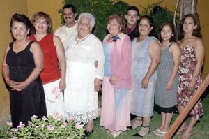 Carmen S÷amago Alvarado festej÷o sus 50 años.