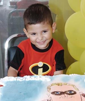 David Armando González recibió felicitaciones por su cumpleaños.