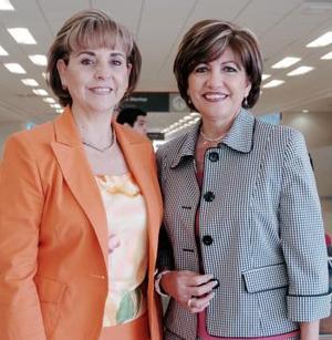 Rocío de Juan Marcos y Olivia de Cárdenas viajaron al DF.