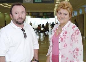 <b>02 de junio</b><p> Miguel Llado y Alma Rosa Ramírez viajaron a Campeche.