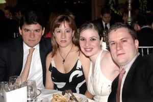 Fernando Marroquín, Pilar de Marroquín, Norma de González y Alberto González.