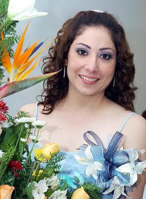 Azucena Ivette Hernández González recibió múltiples felicitaciones, en la despedida de soltera que le organizaron por su cercano enlace con Alexis Ugartechea.