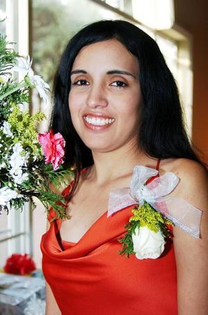 <b>04 de junio </b><p>  Ruth Madai Onofre Acevedo contraerá nupcias con Luis Arturo Ramírez el próximo 16 de julio y por ello fue despedida de su vida de soltera.