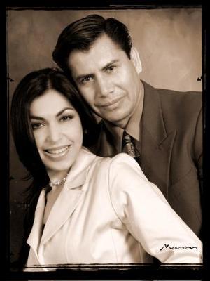 Nidiana Hernández Cárdenasm y Javier Contreras Rayas.
