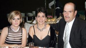 Roxana Torre, Elsa María de Villarreal y Adolfo Villarreal Barragán.