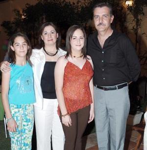 Ana Cecilia Saborit Lugo festejó su cumpleños, con una fiesta organizada por sus papás, Daniel Saborit y Lupita de Saborit y su hermana.